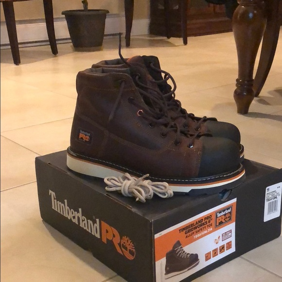 """Timberland Pro Gridworks 6"""" Alloy Safety Toe"""